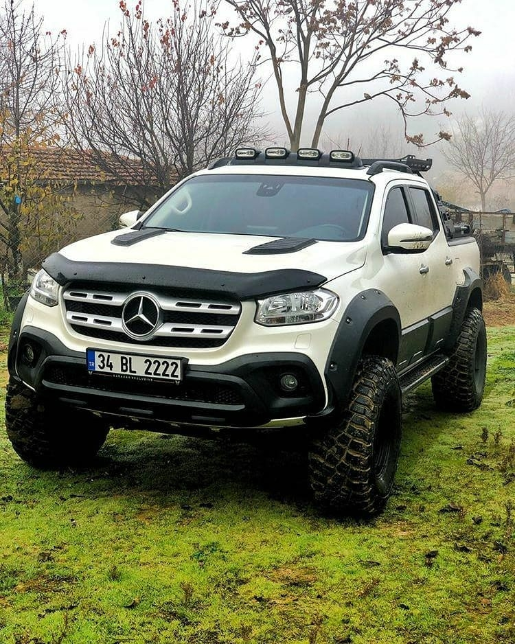 off road Mercedes truck