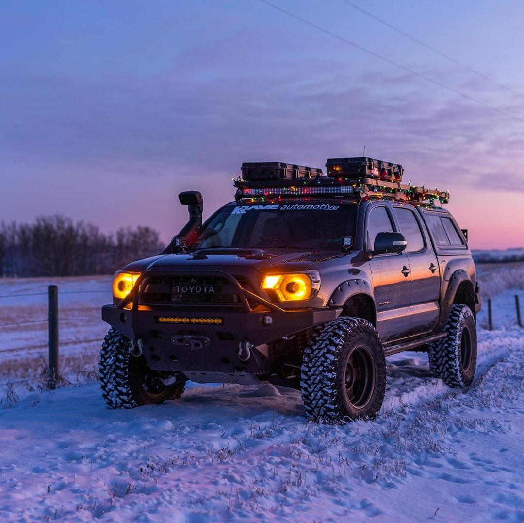 toyota suv in the snow
