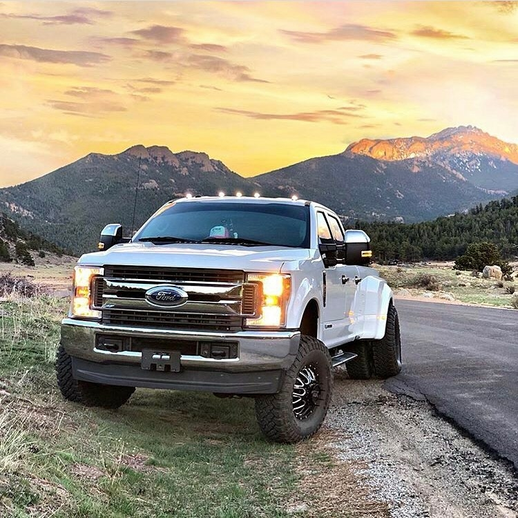 white ford f350 dually