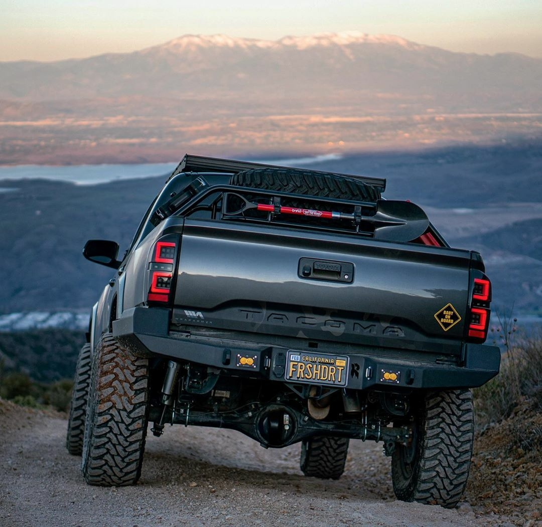 rear end of toyota tacoma