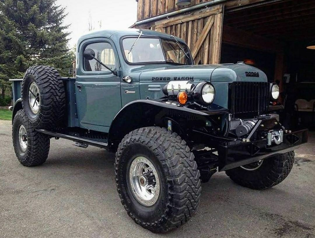 classic dodge power wagon 4x4