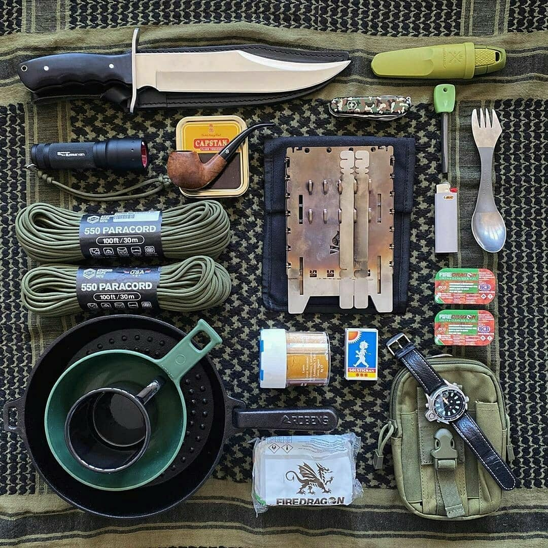 bushcraft gear you need in the woods