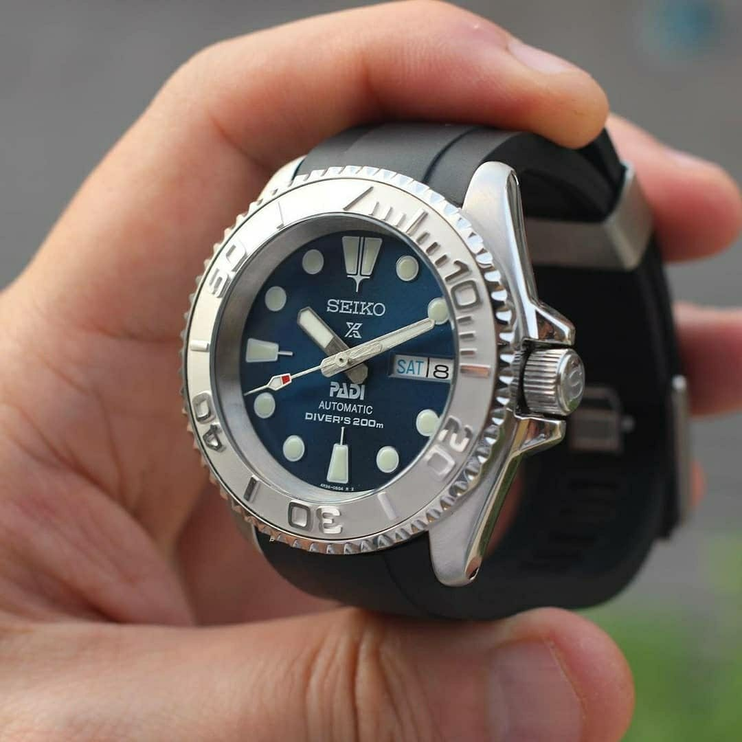 Silver Yacht Master crossover PADI