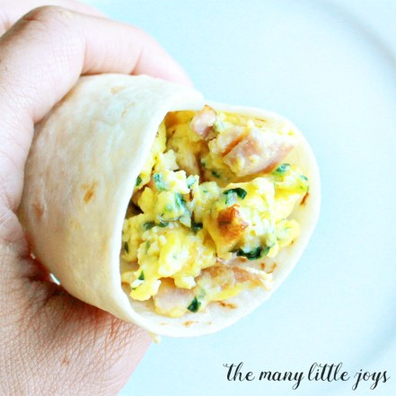 how to make a simple breakfast burrito
