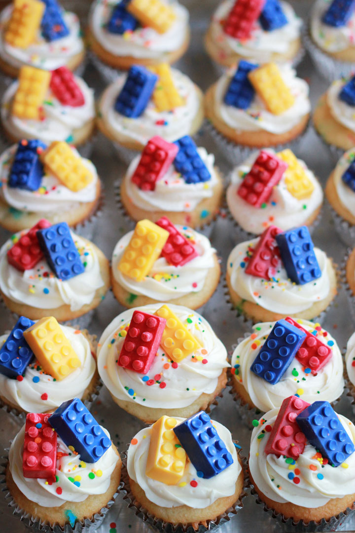 How To Throw A Lego Birthday Party A Real Mom S Guide