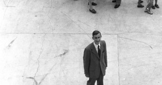 Loneliness in Time: Physicist Freeman Dyson on Immigration and How Severing Our Connection to the Past Shallows Our Present and Hollows Our History