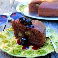 Pear, Chocolate & Amaretto Cake