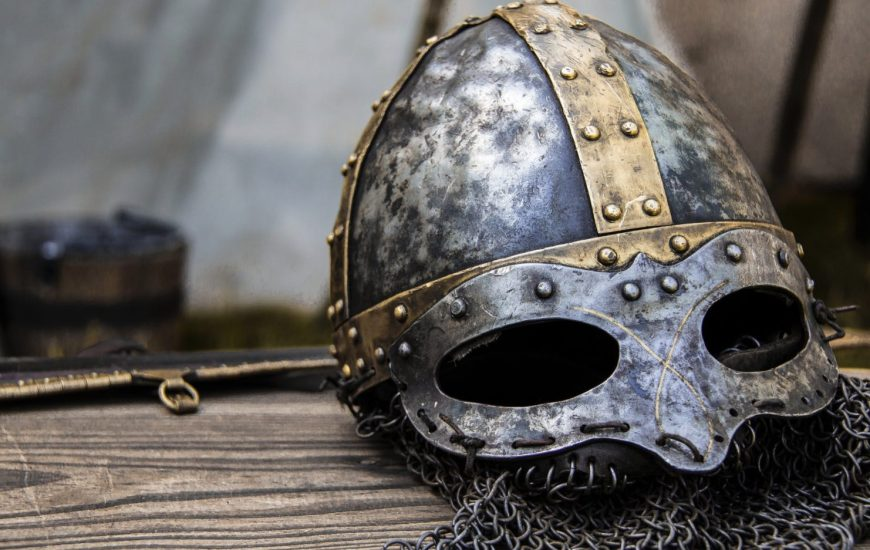 Image of a Viking helmet and chain mail