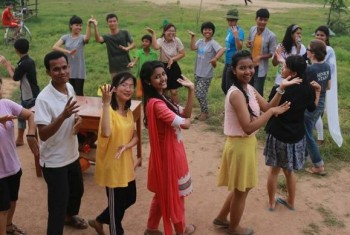Participants in the Sarus Exchange Program dancing together during a recent gathering.