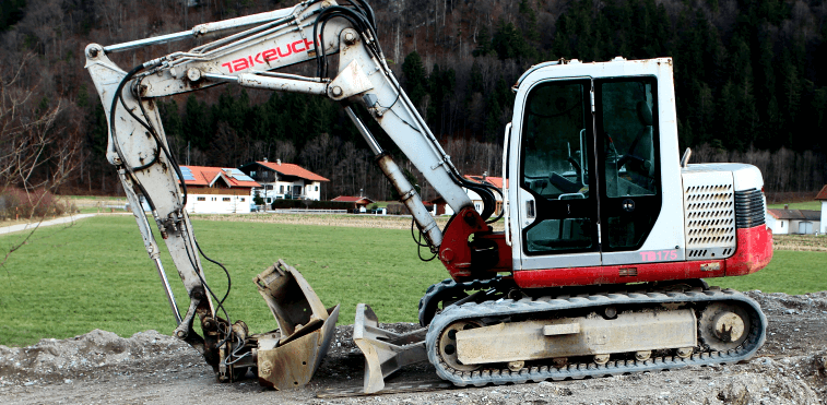 How to Repair Damaged Tracks in a Mini Excavator