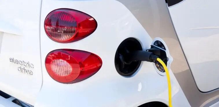 Recharging electric vehicle