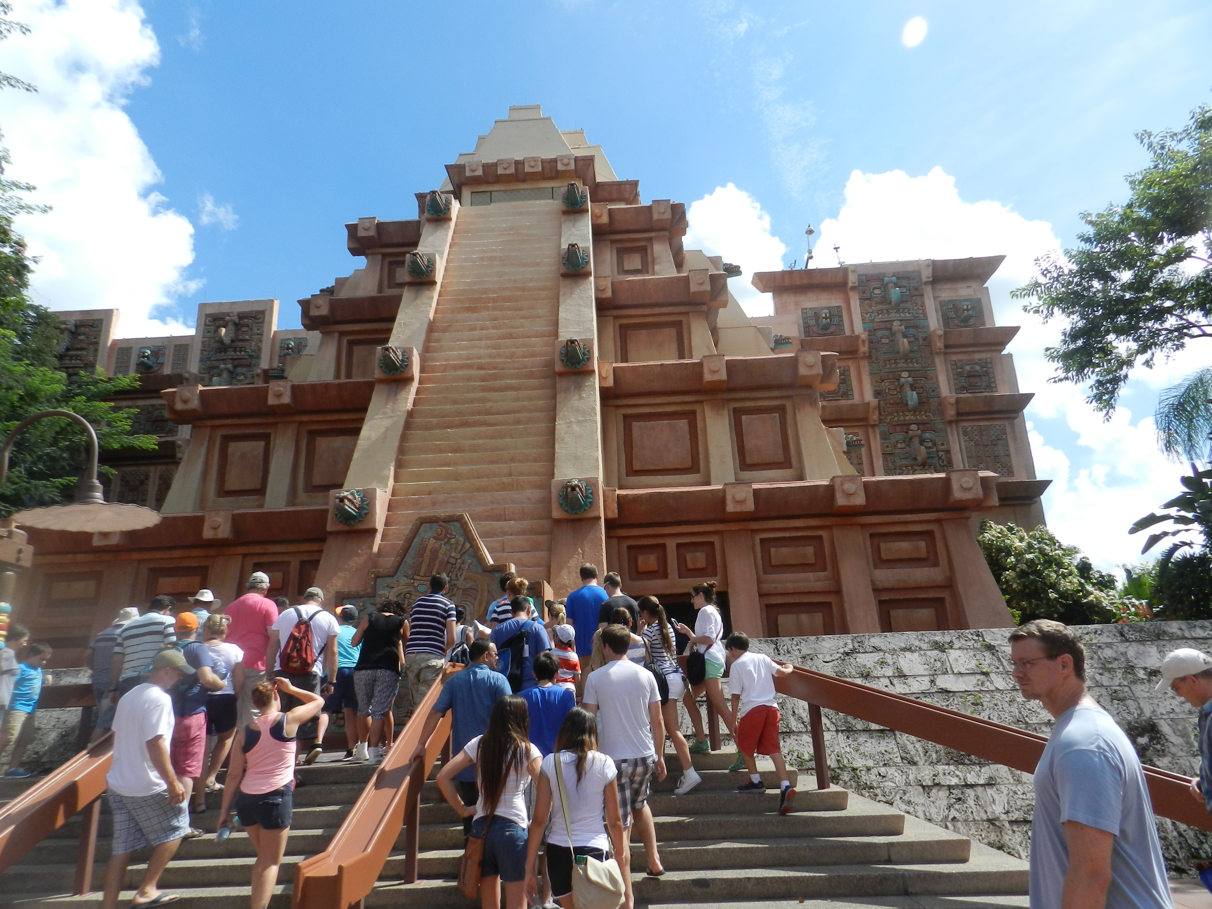 EPCOT Country Highlight: Let\'s Go to Mexico! - ThemeParkHipster
