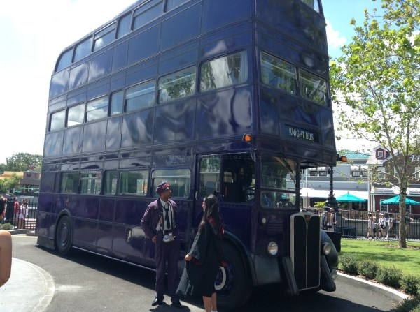 Diagon Alley: Knightbus