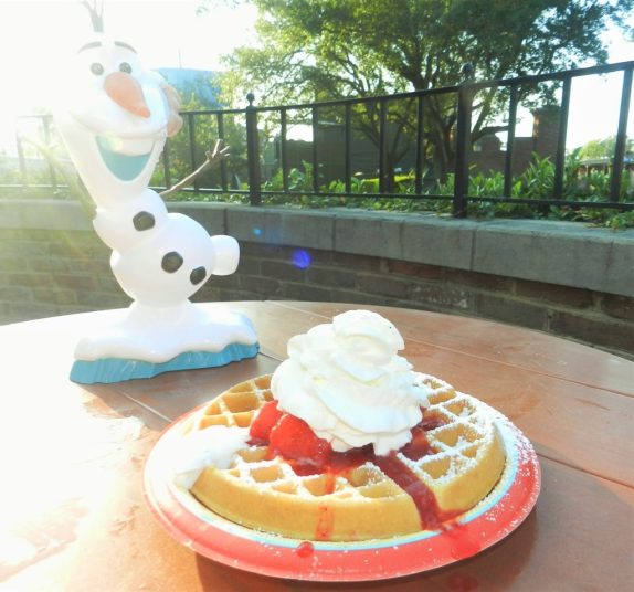Disney Dining Plan with Olaf dessert treat and waffles.