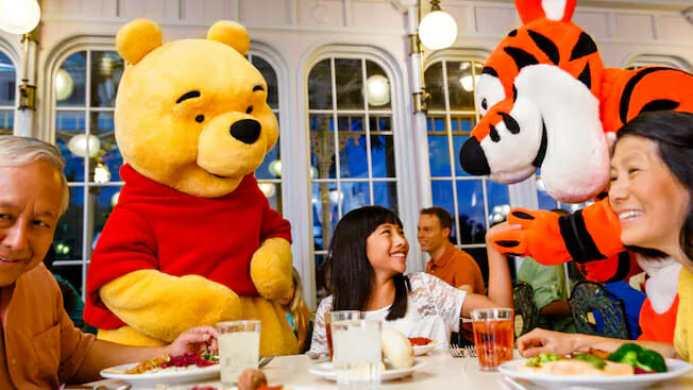 Character Dining at Walt Disney World