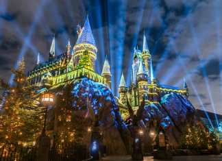 Christmas at the Wizarding World of Harry Potter