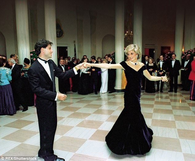 Lady Diana fashion story mostra