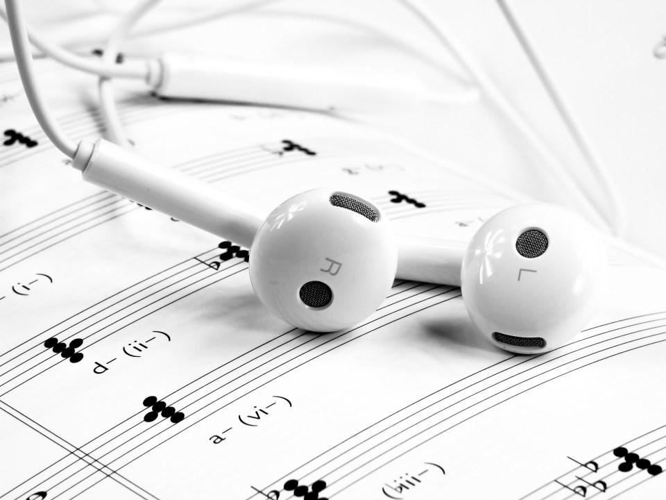creativi musica da ascoltare al lavoro
