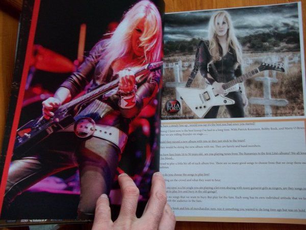 ©The Metal Mag N°19 with Lita Ford