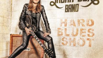 "Laura Cox band : ""Hard Blues Shot"" 10th march 2017 Verycords."