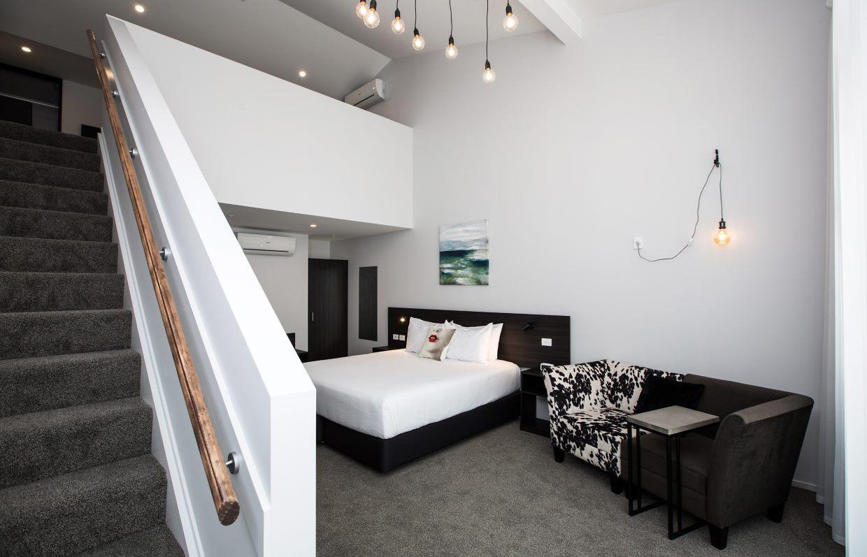 2 Bedroom Mezzanine room at the Metrotel motel