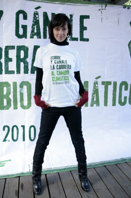 Gabriela de la Garza at a Greenpeace event