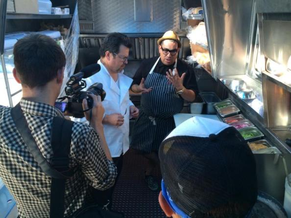 Host Rick Najera and Chef Aaron J. Perez ©The Mexico Report