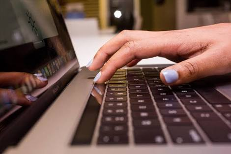 Apple To Fix Sticky Keyboard Issues For MAC