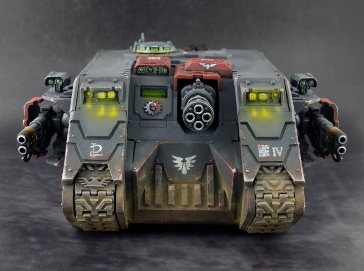 Blood-Angels-Land-Raider-Redeemer-05