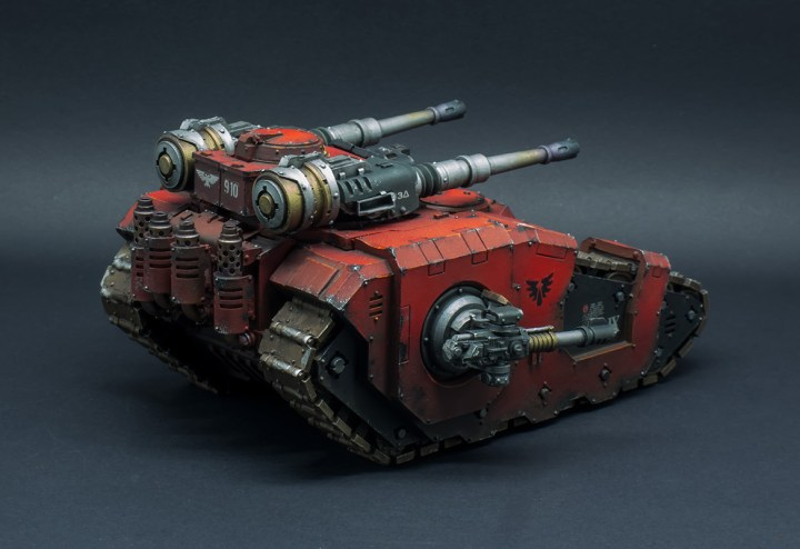 Blood-Angels-Sicaran-Battle-Tank-08