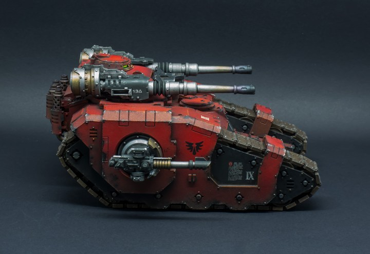 Blood-Angels-Sicaran-Battle-Tank-09