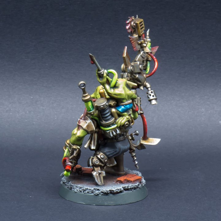 40k-Ork-Bad-Moonz-Painboy-04