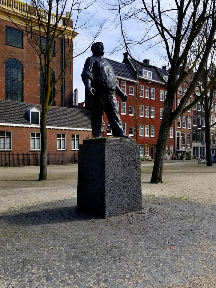 Statue of the Amsterdam 'dokwerker' (dock worker) that commemorates the February strike of 1941.  Dockworkers and local authority employees showed their outrage to the first major raids on Jews by going on strike.