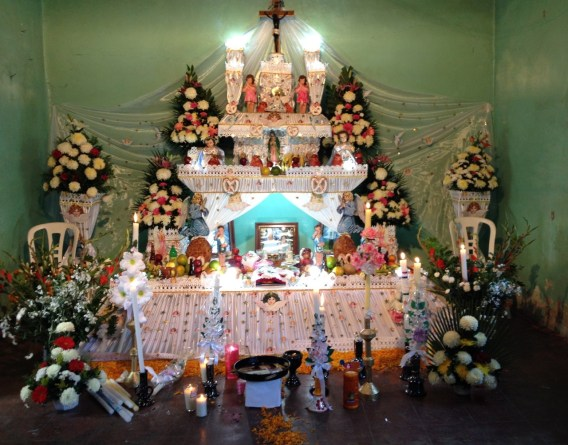 Another altar in Huaquechula, Puebla.