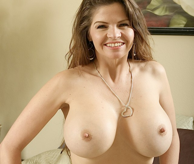 Sexy Busty Milf With Massive Gorgeous Natural Boobs Masturbating With A Dildo