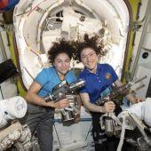 La primera caminata espacial de mujeres de la NASA hace historia…