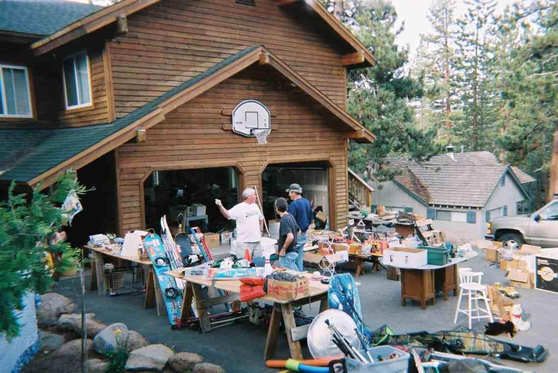 10 Garage Sale Tips and Tricks For Maximum Profits
