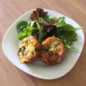 Easy Crustless Spinach Mini Quiche Recipe