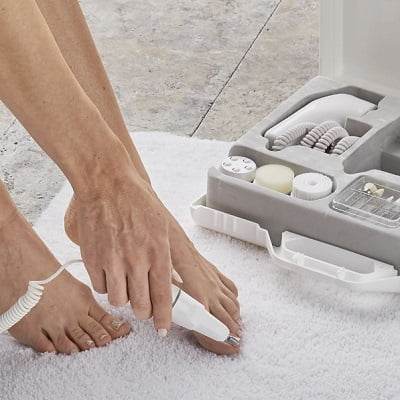The German Engineered Manicure Pedicure Set 1
