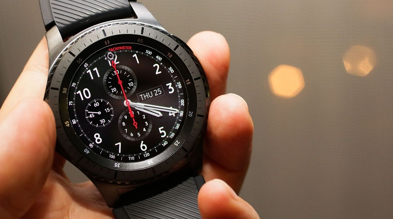 premium selection a70d4 2628e How to Connect Your Samsung Gear S3 with iPhone via Gear S App