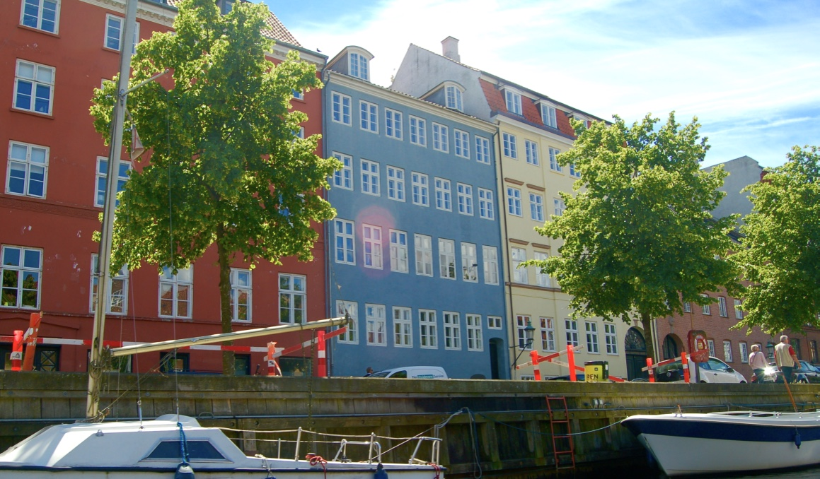 Canal Boat Nyhavn