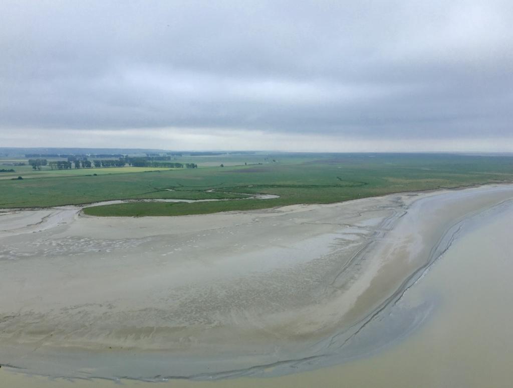 mont saint michel flats at low tide