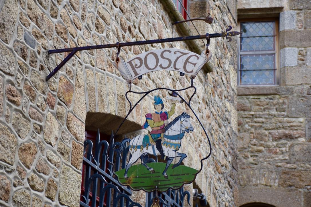 mont saint michel post office