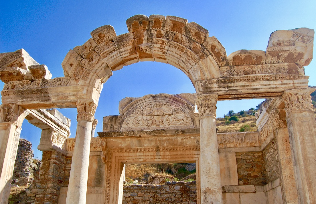 temple-of-hadrian-ephesus