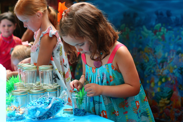 Finding Dory party crafts