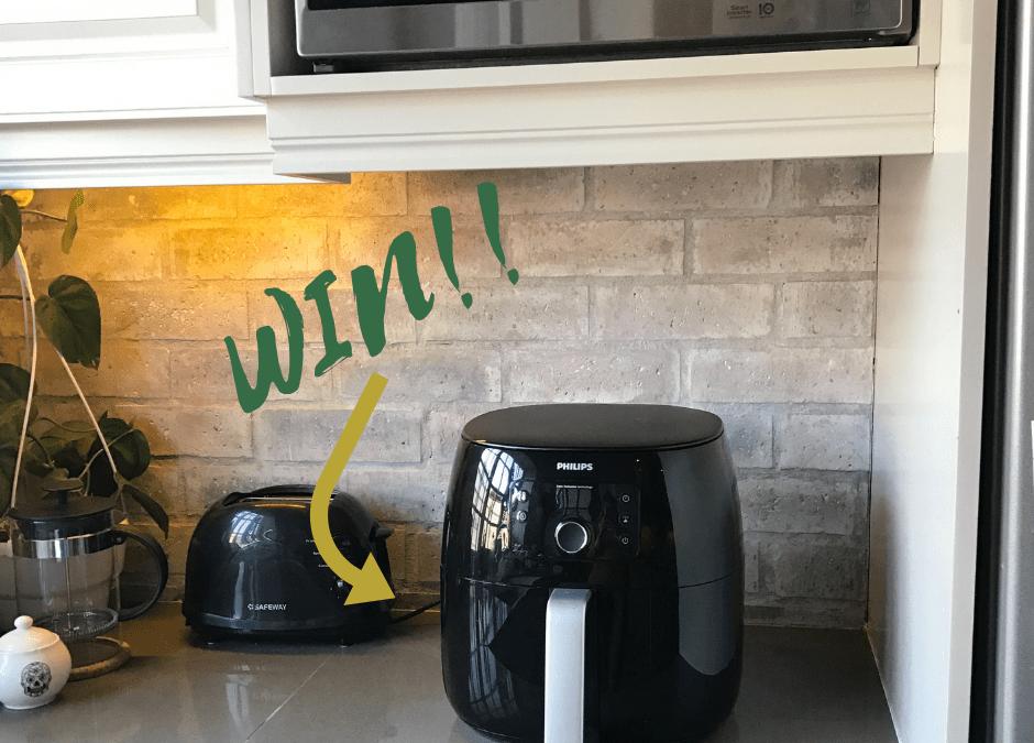 WIN a Philips Airfryer XXL Worth R4799! + Our Crispy Chia Chicken Recipe!