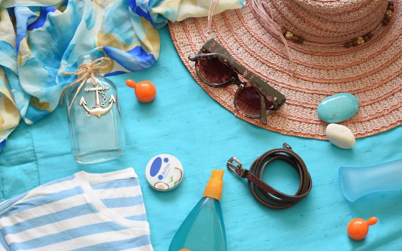 11 Items Everyone Forgets to Pack on Vacation