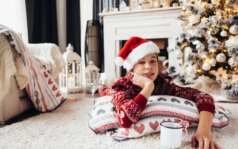 4 Tips To Help Your Kids Unwind During the Holidays