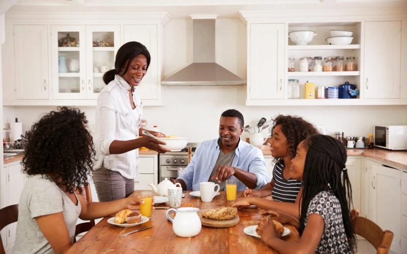 8 Extraordinary Ways Your Family Can Bond