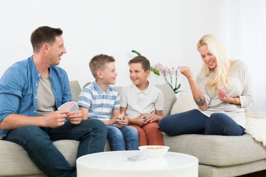 These 4 Tips to Create The Perfect Family Room & Help Kids Unplug will help set your family up to create some amazing family bonding moments!